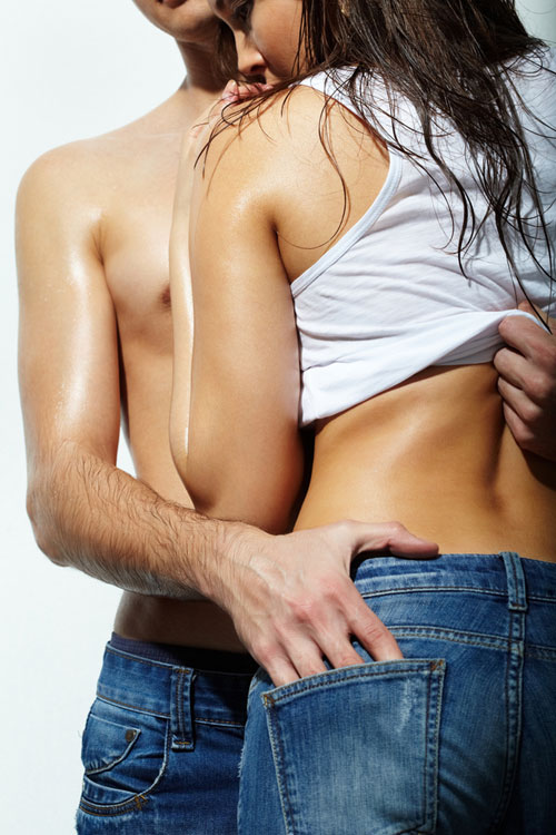 Cum sa iti dai seama daca te insala – semnele infidelitatii!
