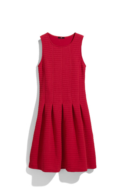 Red Passion – Cele mai cool & accesibile piese vestimentare ale saptamanii