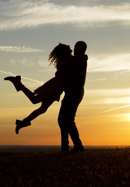 4 lucruri la care sa te gandesti inainte de a te impaca cu fostul iubit