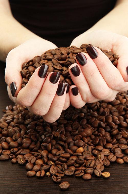 5 exfoliante naturale cu zat de cafea, pentru un ten frumos