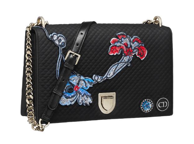 Diorama, o noua It-bag de la Dior!
