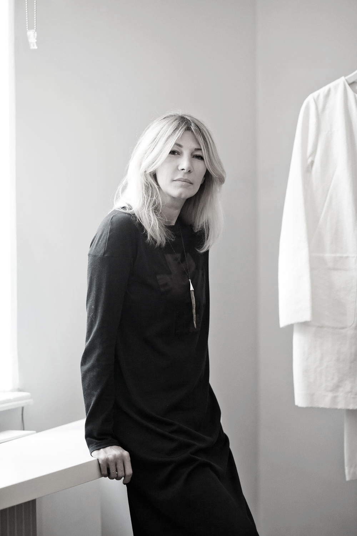 #ELLElovesBucharest: locurile preferate ale designerului Adelina Ivan