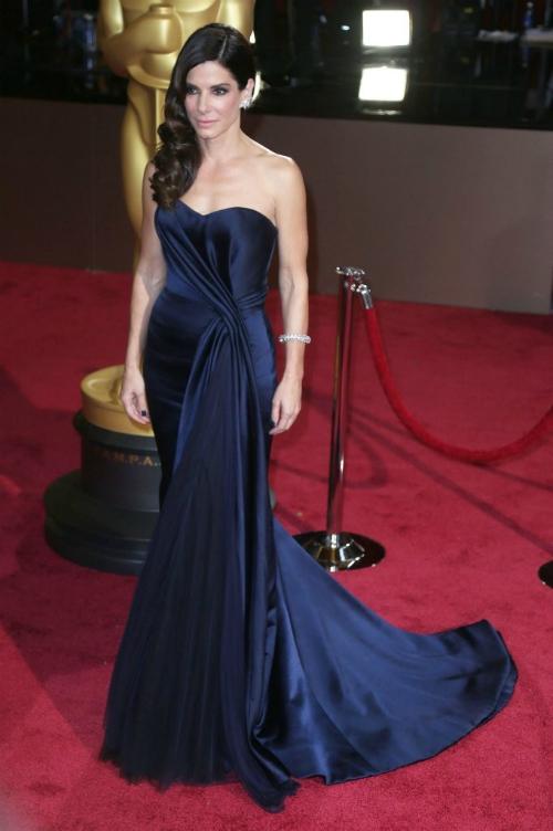 Sandra Bullock – cea mai frumoasa femeie din lume!