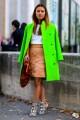 Nu purta tonuri fluo daca esti prea bronzata – nu vei obtine un look cool, dimpotriva!