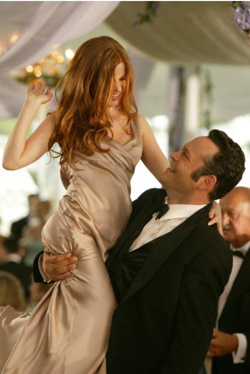 9 motive sa iubesti nuntile atunci cand esti single