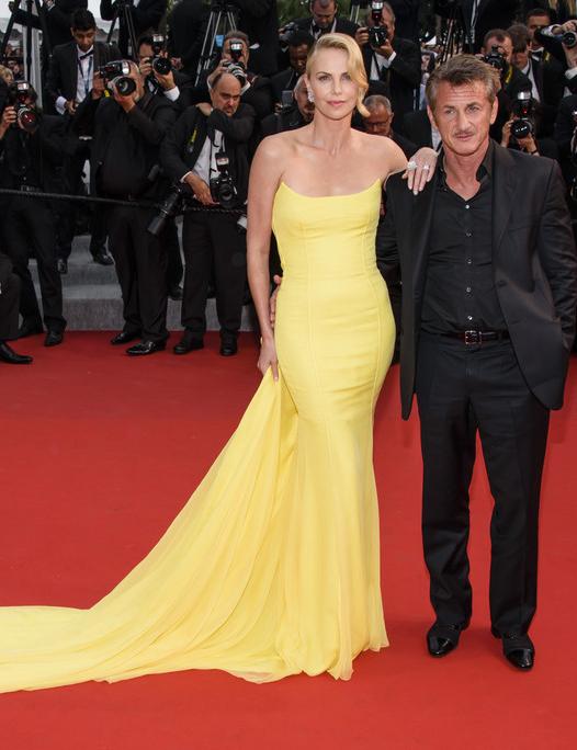 Charlize Theron si Sean Penn s-au despartit!