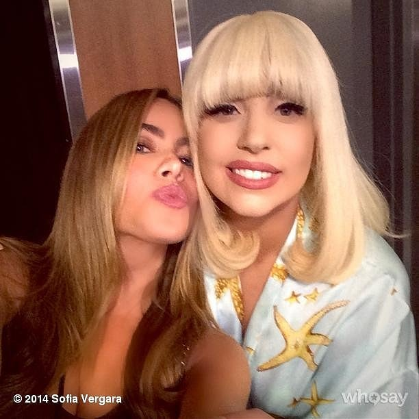 Cele mai surprinzatoare selfie-uri facute de vedete