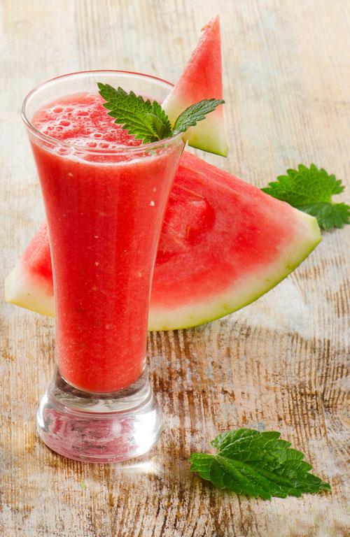10 Retete de smoothie cu pepene rosu