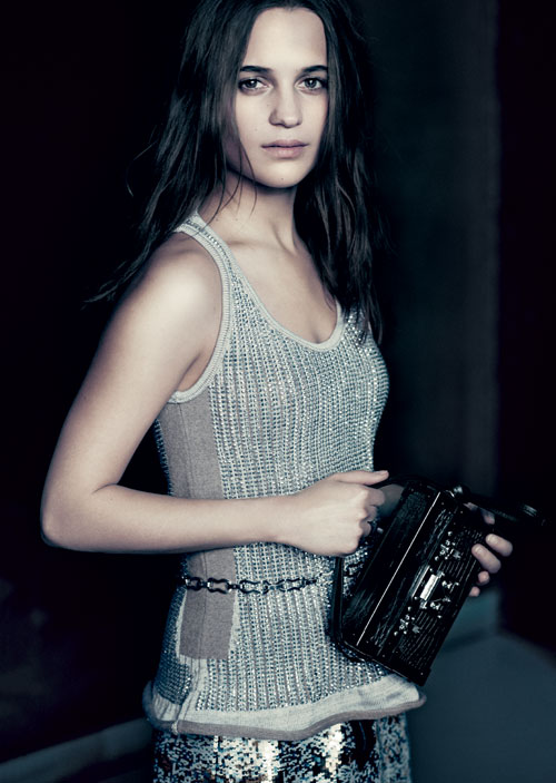 FASHION ELLE: Alicia Vikander, noua imagine Louis Vuitton
