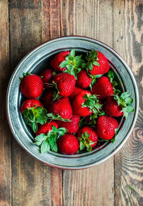 7 nutrienti de care ai nevoie pentru un ten radiant si un par sanatos