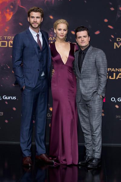 Vedete la premiera mondiala a filmului The Hunger Games: Mockingjay – Part 2