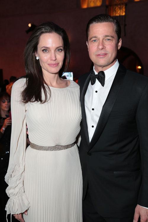 """Angelina Jolie, despre casnicia cu Brad Pitt: """"Avem certuri si probleme, la fel ca orice alt cuplu!"""""""