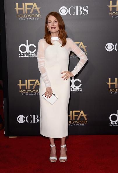 Star Style: Julianne Moore in 10 tinute classy pe covorul rosu
