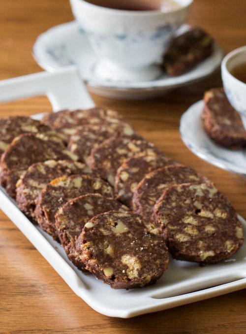 Salam de biscuiti cu ciocolata