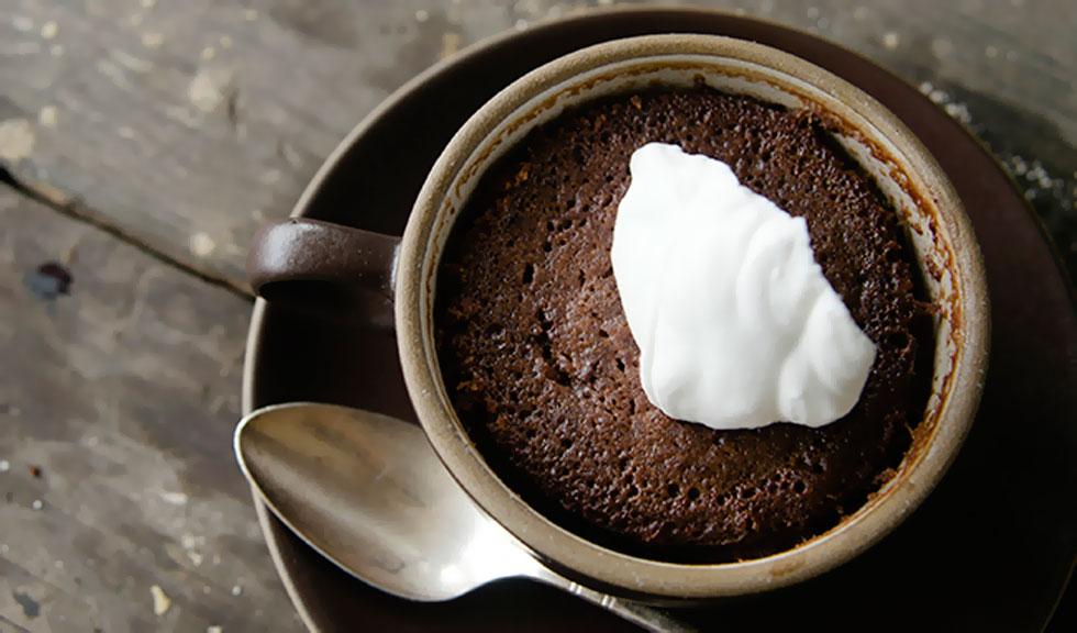 Prajitura cu ciocolata, gata in 2 minute