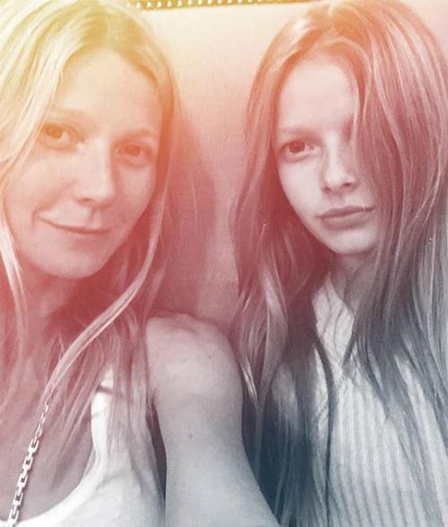 Gwyneth Paltrow, selfie inedit cu fiica ei!