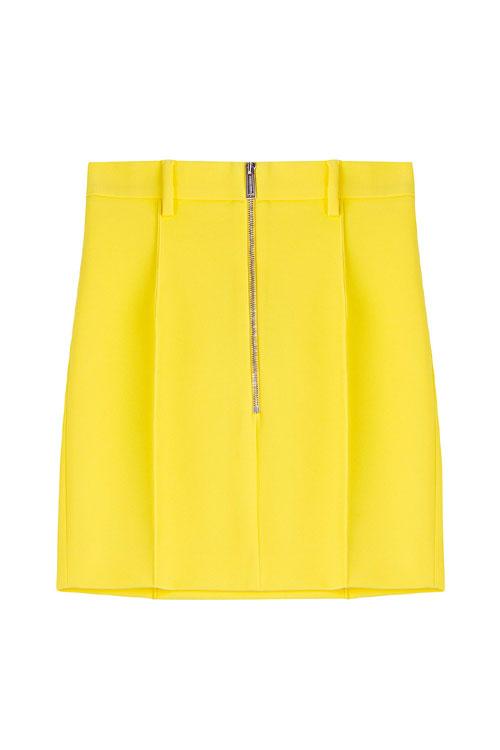 Funny yellow – cele mai HOT piese vestimentare si accesorii ale saptamanii