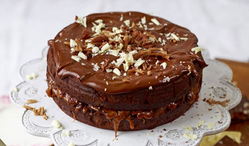 Tort de ciocolata si caramel sarat, dupa reteta lui Jamie Oliver