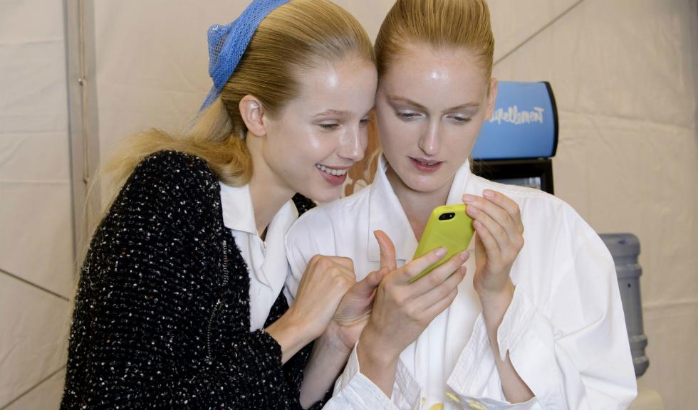 Cum sa supravietuiesti unui accident in social media