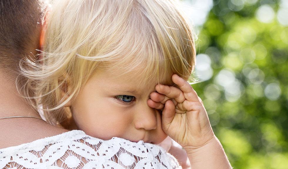 10 idei pentru a te descurca cu un copil emotional