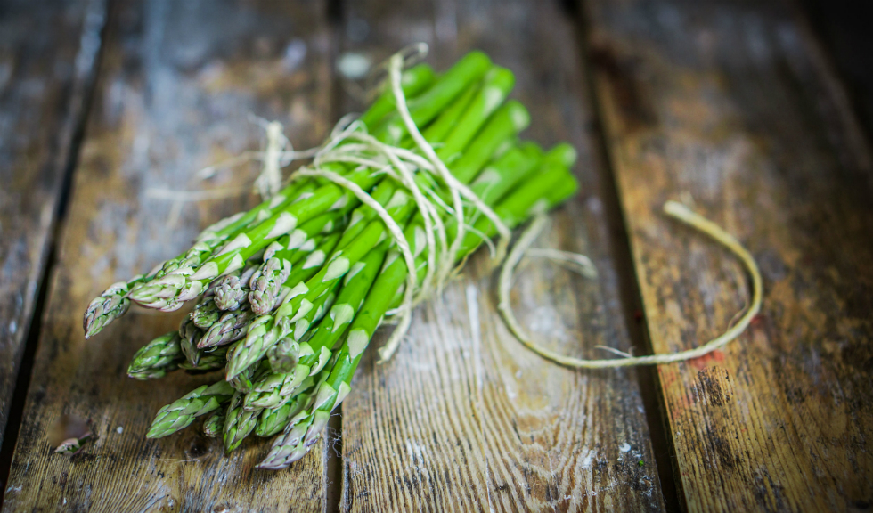 5 beneficii ale sparanghelului care ne conving sa-l folosim mai des
