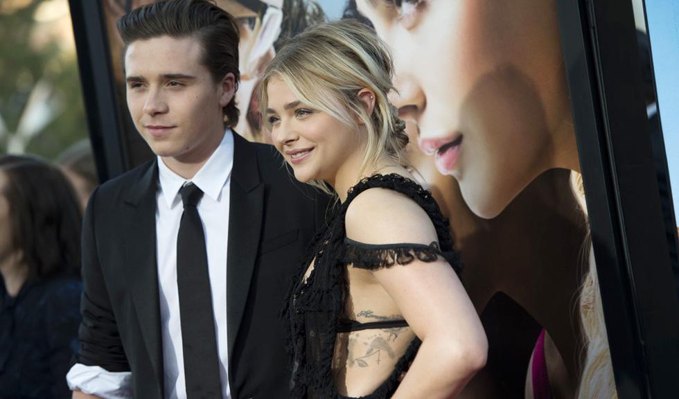 Cuplul Chloe Grace Moretz si Brooklyn Beckham si-a facut debutul pe covorul rosu