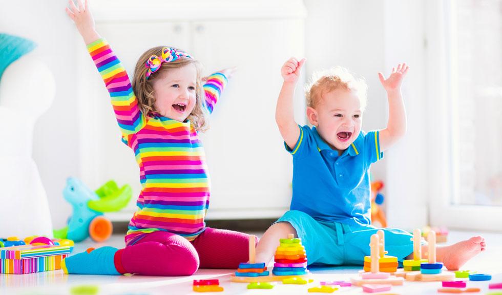 10 activitati pentru copii care le stimuleaza creierul si imbunatatesc conditia fizica