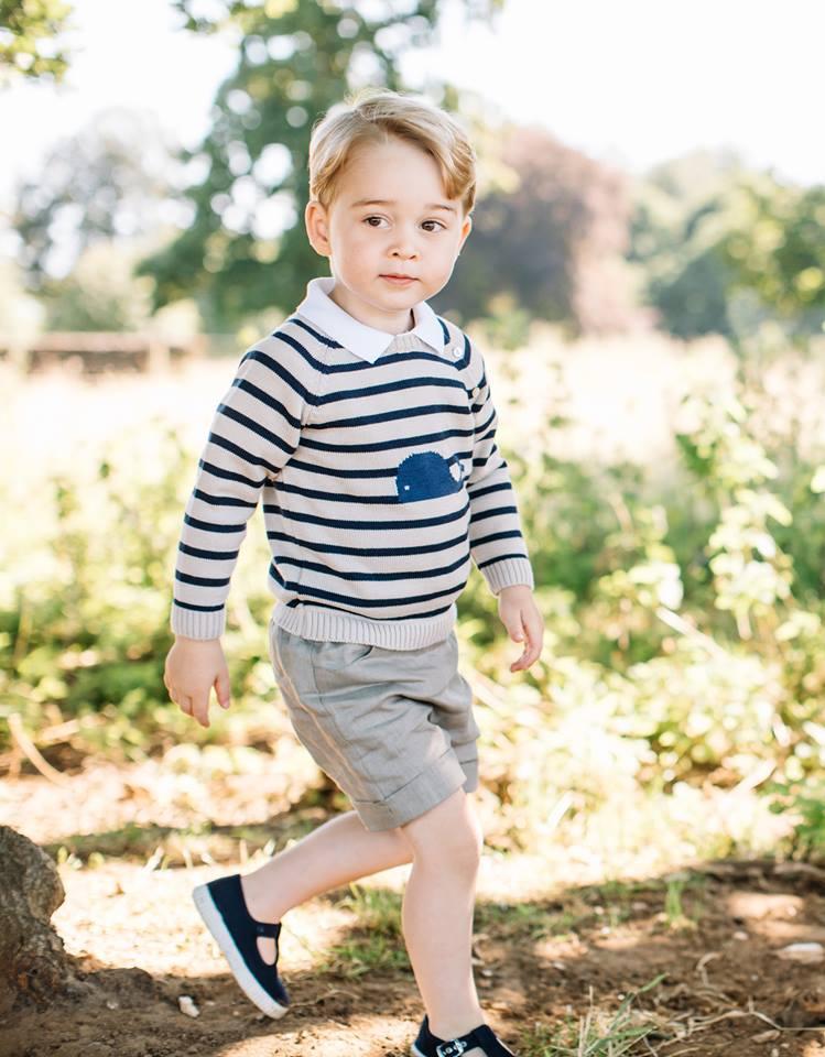 Printul George al Marii Britanii implineste 3 ani – vezi cele mai cool poze cu micul print