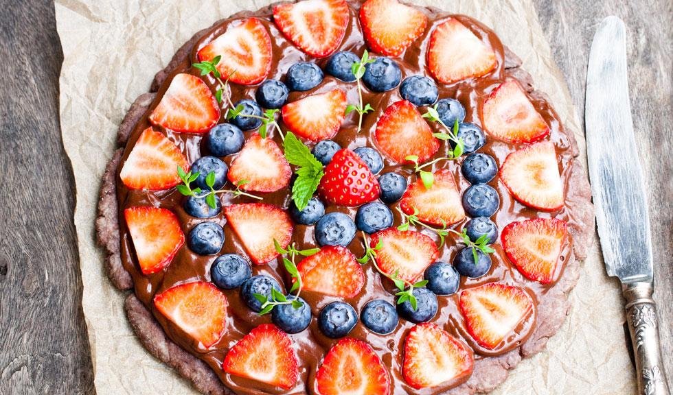 Pizza brownie cu fructe
