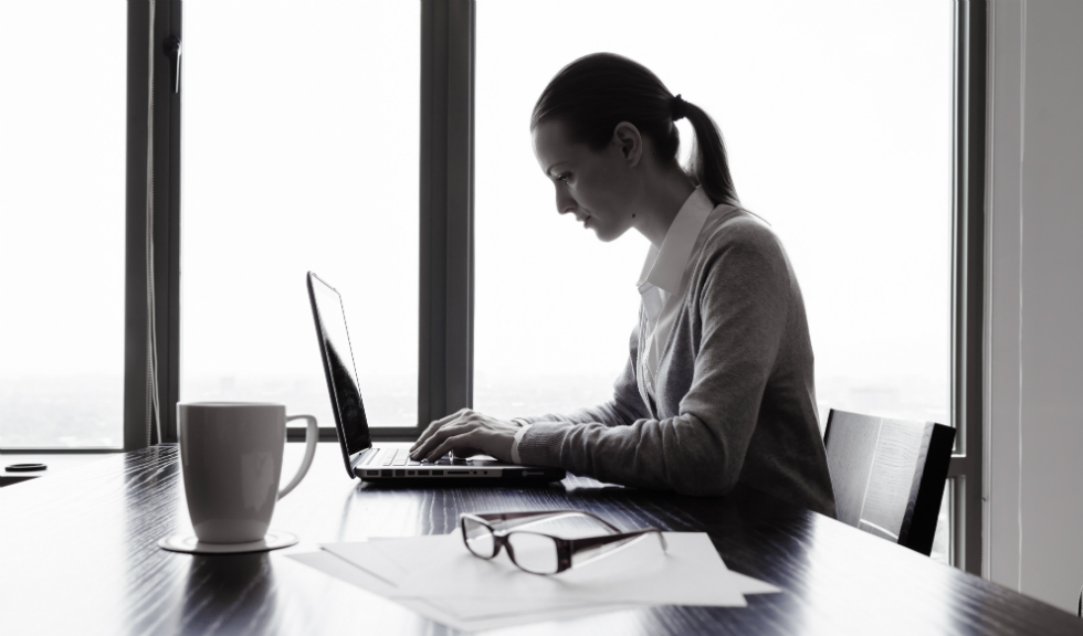 5 trucuri pentru a-ti mentine sanatatea si la birou!