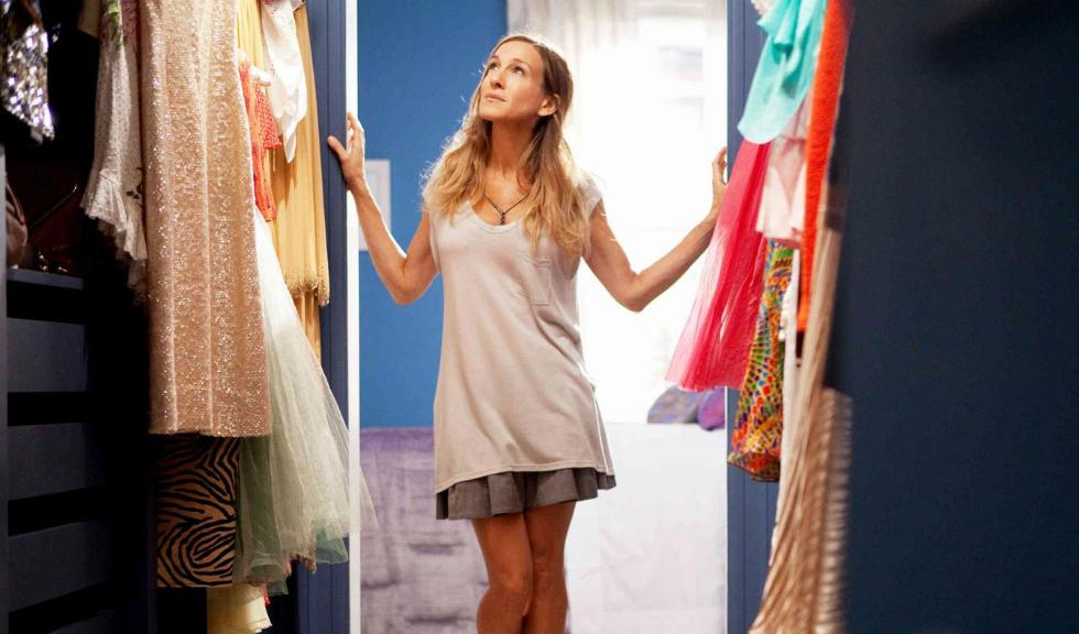 5 tipuri de piese vestimentare de care trebuie sa scapi imediat
