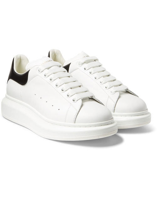 Pantofi sport Alexander McQueen, 1.800 lei - Elle.ro