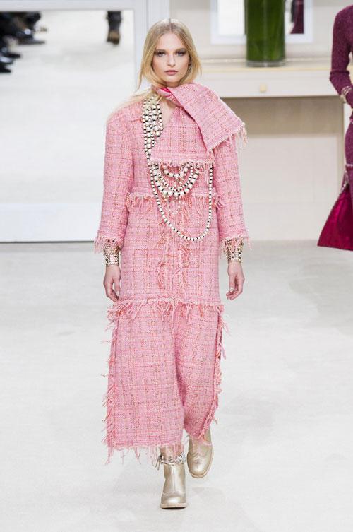 Tendinte moda toamna iarna: nuante de roz
