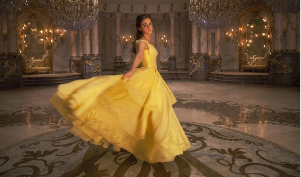 """Premiera filmului """"The Beauty and the Beast"""" a fost amanata in Malaezia"""