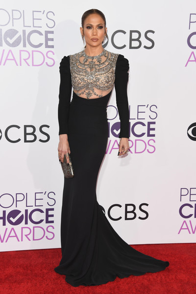 Top 10 BEST Dressed @ People's Choice Awards 2017