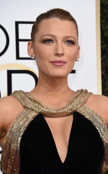 Best & Worst Beauty Looks @ Golden Globe Awards 2017