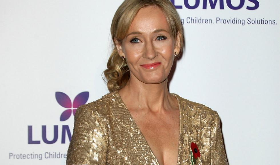 J. K. Rowling il ataca pe Donald Trump dupa ce acesta reinstaureaza regula impotriva avorturilor