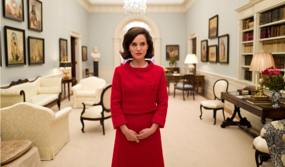 Natalie Portman isi arata sarcina intr-un nou pictorial