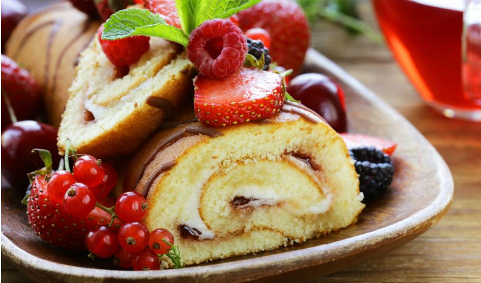 Rulada cu fructe de padure