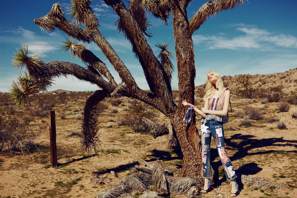 ELLE FASHION: Desert ride