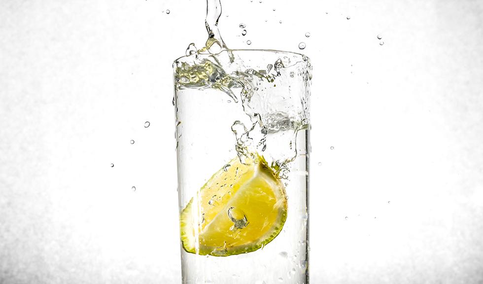 4 momente in care ar trebui sa eviti sa consumi apa