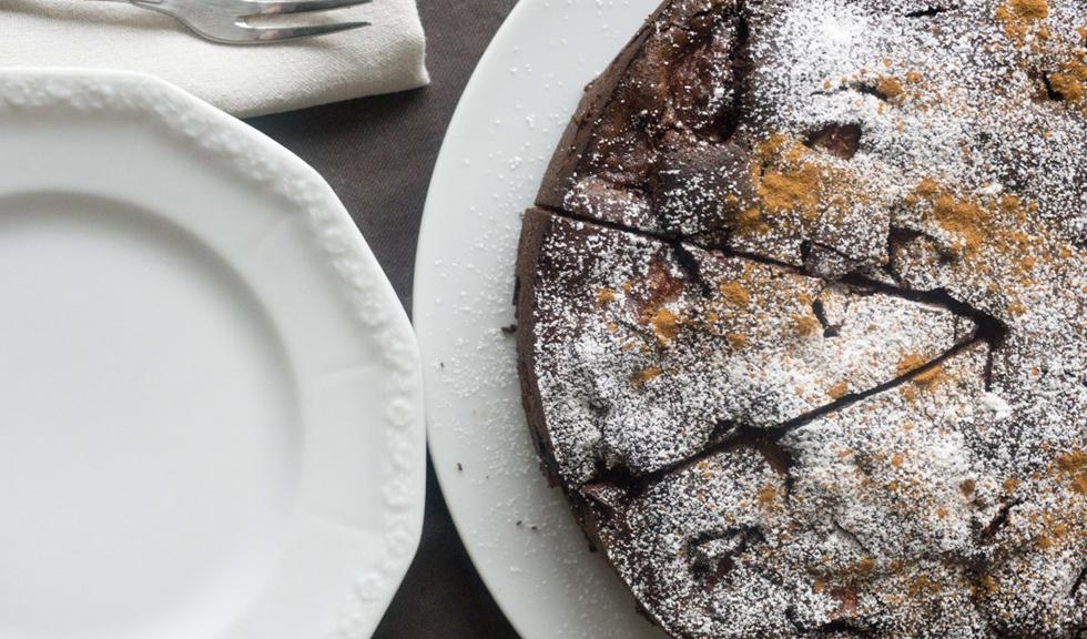 Prajitura cu mere si cacao, de Ioana Dumitrescu