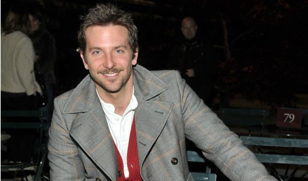Bradley Cooper, aparitie neasteptata intr-o fotografie cu Brad Pitt