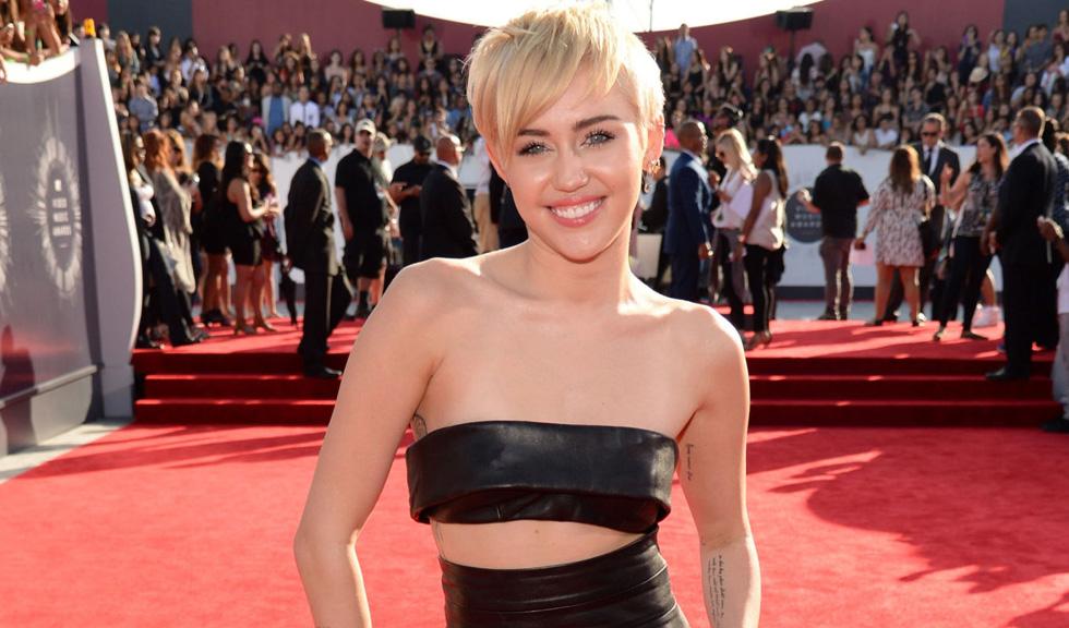 Miley Cyrus si Dolce&Gabbana au inceput un razboi politic pe Instagram