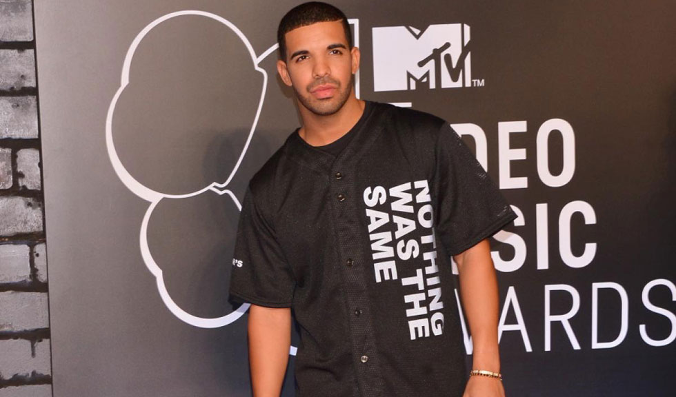 Drake si posibila sa iubita, aparitie eleganta pe covorul rosu