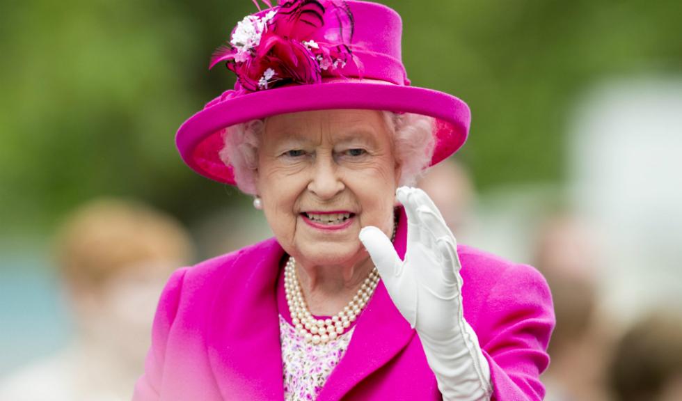 Regina Elizabeta a II-a are dreptul de a decide sau refuza o casatorie regala
