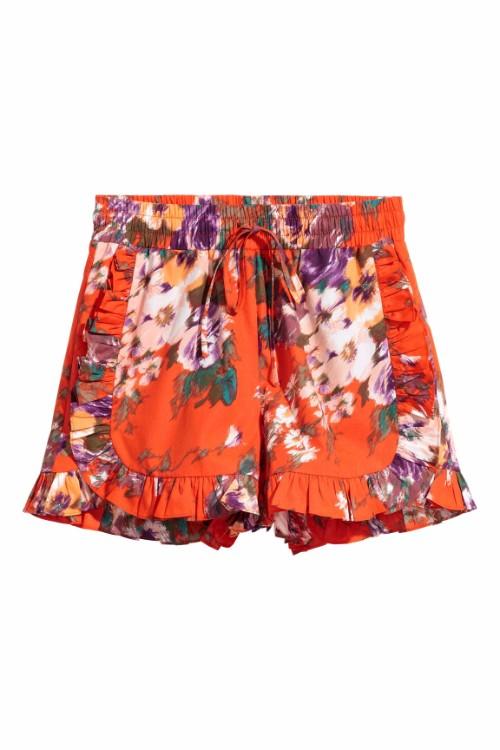 Cei mai cool pantaloni scurti ai sezonului, sub 100 de lei!