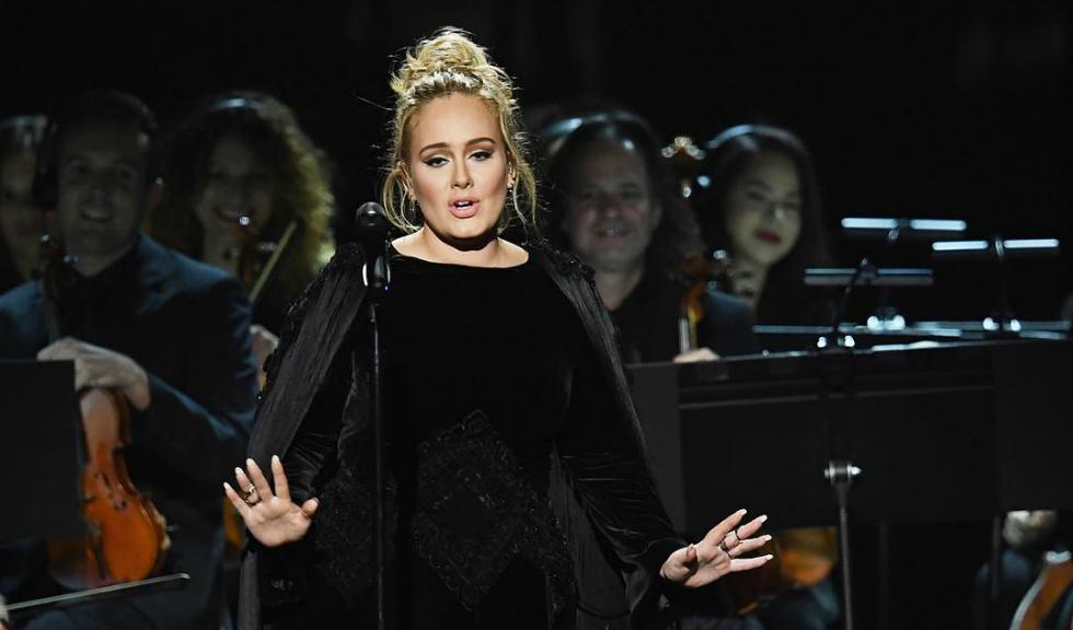 Adele se va muta inapoi in Londra