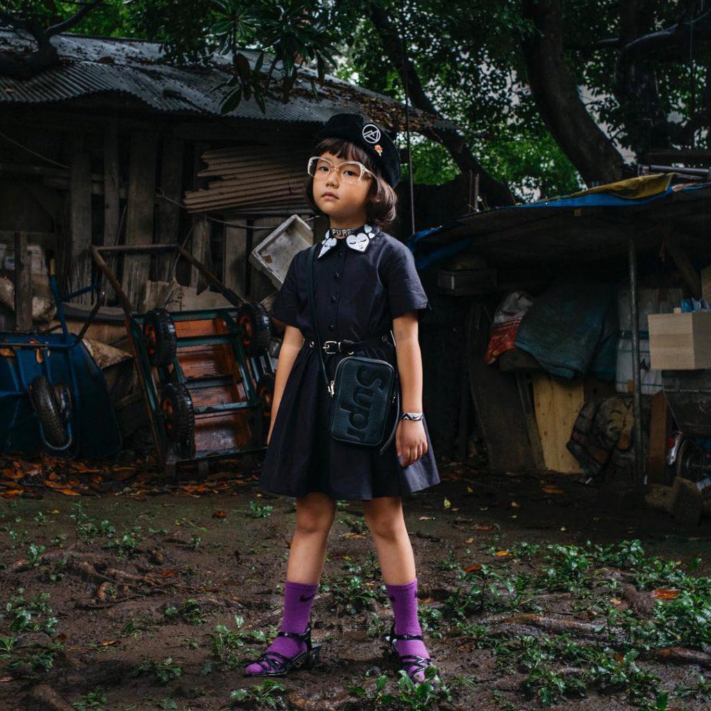 Cunoaste-o pe Coco, fetita de 6 ani indragostita de street style, care are 200.000 de fani pe Instagram