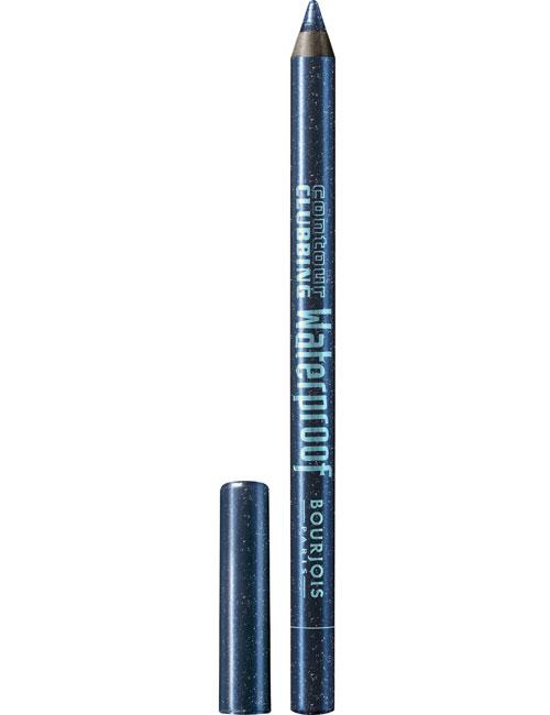 Un eyeliner waterproof care rezista intreaga zi? Iata ce merita sa incerci vara asta